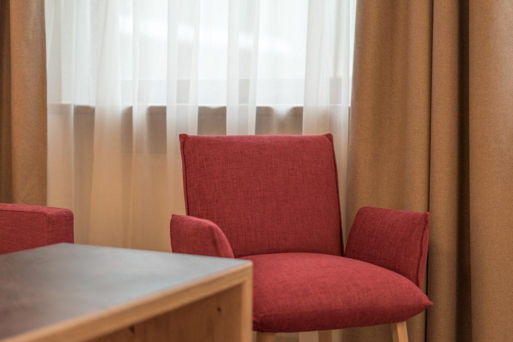 Zimmer Stuhl web-9